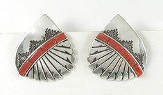 Alvin Begay Navajo Coral Post earrings E516 Vintage Earrings, Vintage Jewelry, Native American Earrings, American Indian Jewelry, Coral Jewelry, Red Coral, Shades Of Red, Native American Indians, Navajo