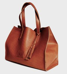 Equestrian Leather Tote Bag. Please appear under my tree Christmas morning:)