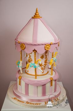 Have been waiting to make a carousel cake for my baby girl and was so excited to finally get to do it for her baptism. Inspired by so many ornate carousel cakes I hope I did it justice! Cupcakes, Cupcake Cakes, Carousel Cake, Carousel Party, Fondant, Baby Girl Cakes, Horse Cake, Birthday Cake Girls, Birthday Cakes