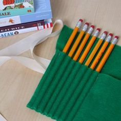 Simple Felt Pencil Case #DIY (maybe one side shorter pockets for crayons too)