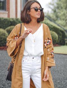 Cet été, le kimono remplace le trench ! (photo Miren Alós)