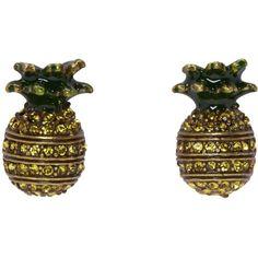 Marc Jacobs Brass Pineapple Earrings (1,320 MXN) ❤ liked on Polyvore featuring jewelry, earrings, brass, green stud earrings, brass earrings, marc jacobs, green earrings and green jewelry