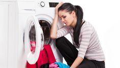 Δύο Απίστευτα Κόλπα για να Σώσετε τα Ρούχα που Ξέβαψαν στο Πλυντήριο