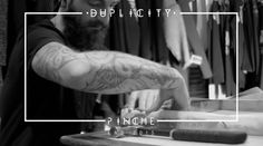 A little short about Pinche's new exhibit process ·Duplicity· at the Chop Shop (Camden Town) Thanks to all for coming and for all your support!  Un pequeño corto sobre el proceso de la exposición · Duplicity ·  de Pinche, en Chop Shop (Camden Town) Gracias a todos por venir y por vuestro apoyo!  You can visit the exhibit here: Unit 744 North Yard, Stables Market, NW1 8AH, Camden Until January 4th 2016  Artist: Pinche (www.pinche.es) Produced by: The Black Maii (www.theblackmaii.co...