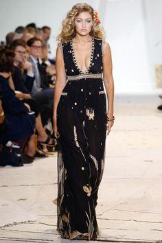 Diane von Furstenberg Spring 2016 Ready-to-Wear Fashion Show   Be inspired: http://on.amz.az/1IK8LkT #fashionweek #runway