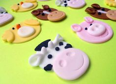 12 FARM Animals Edible Cupcake Toppers by SWEETandEDIBLE on Etsy, $18.00
