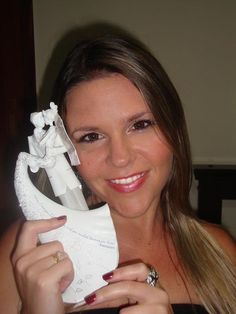 The Cake Artist Gina Vaccarino : Beautiful Bride holding the KISS cake topper designed by ...