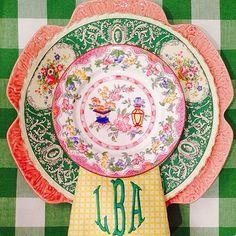 Vintage pattern mix - stunning!    . @thedailybasics ♥♥♥
