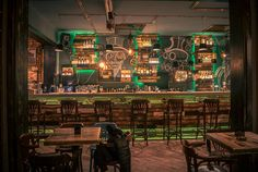 Quirky design Steampunk Joben Bistro Pub Inspired by Jules Verne's Fictional Stories When I get to Romania, this will be one of my stops! Casa Steampunk, Design Steampunk, Steampunk Interior, Steampunk City, Bistro Design, Pub Design, Deco Restaurant, Restaurant Design, Bar Retro
