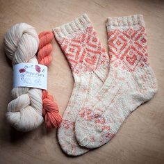 Golden Gardens Socks are named for a pretty park in the traditionally Swedish and Norwegian area of Seattle. These color work socks are made with one main skein and one mini skein of contrasting yarn, featuring Scandinavian-style patterns. Fair Isle Knitting, Knitting Socks, Free Knitting, Knit Socks, Crochet Socks, Crochet Granny, My Socks, Knitting Machine, Loom Knitting Patterns