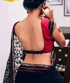 Have a look at the latest blouse designs trends for this year. Blouse Back Neck Designs, Saree Blouse Designs, Blouse Styles, Saris, Saree Backless, Designer Blouse Patterns, Sexy Blouse, Indian Beauty Saree, Indian Designer Wear