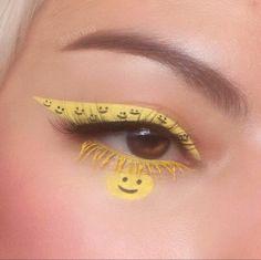 """Have a Nice day"" @harbsy Indie Makeup, Edgy Makeup, Makeup Eye Looks, Eye Makeup Art, Crazy Makeup, Pretty Makeup, Skin Makeup, Makeup Inspo, Maquillage Yeux Cut Crease"