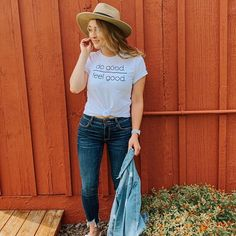 Spring style outfit #casualjeans #womenshat #whitesandals #jeanjacket Be Good To Me, Feel Good, I Quit, Spring Fashion Outfits, Laid Back Style, White Sandals, Casual Jeans, Spring Style, Hats For Women