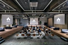 Fixed space, flexible function: workers can adapt this office without moving anything around - News - Frameweb
