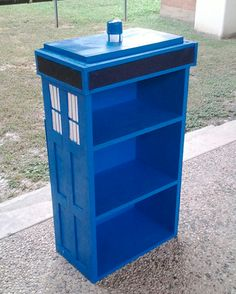 Doctor Who TARDIS bookshelf and directions<<<<< my new woods project except i will be adding the police public call box on the top
