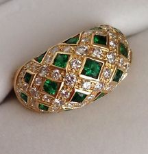 Van Cleef & Arpels 18k Yellow Gold Emerald Diamond Dome Ring
