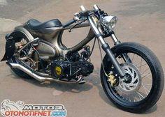 Concept Motorcycles, Honda Motorcycles, Custom Motorcycles, Custom Bikes, Honda Cub, Bobber Motorcycle, Motorcycle Design, Puch Maxi S, Motos Yamaha