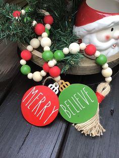Christmas Bead Garland, Wood Bead Garland, Beaded Garland, Rustic Christmas, Christmas Time, Christmas Crafts, Christmas Decorations, Christmas Ornaments, Christmas Ideas