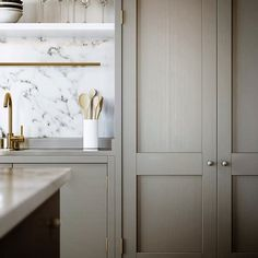 I've always loved white marble countertops and I last wrote about them five years ago (43 comments BTW). They are bright, elegant, add character and are wonderful to cook on, particularly if you're baking. They can also be one of the cheapest stone solutions if you choose Carrara marble, making them a great choice if you're on an IKEA kitchen installation budget. However, many people are afraid of them due to the perception that they are high maintenance. This reputation is only partially…