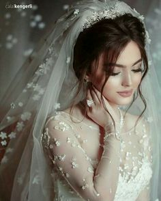 2018 Bridal Hair Models The next days of the wedding season . - 2018 Bridal Hair Models The beginning of the wedding season - Wedding Hair And Makeup, Bridal Makeup, Bridal Hair, Hair Wedding, Wedding Veils, Wedding Bride, Dream Wedding, Wedding Styles, Wedding Photos