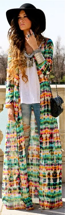Long tie dyed sweater, layered necklaces, big sun hat. Hippie boho fashion trend. For MORE modern Bohemian lifestyle ideas FOLLOW http://www.pinterest.com/happygolicky/boho-chic-fashion-bohemian-jewelry-boho-wrap-brace/ now.