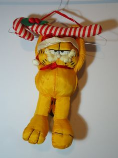 7107a7698cfb6 Official Vintage Christmas Garfield the Cat Stuffed Animal Toy Doll