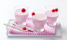 Vitamínová bomba: vyzkoušejte tento recept na jogurtové smoothie a dopřejte svému organismu dávku vitamínů! Tesco Recepty - čerstvá inspirace.