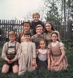 """The Sound of Music"" Julie Andrews, Charmian Carr, Nicholas Hammond,Angela Cartwright, Heather Menzies, Duane Chase, Debbie Turner, Kym Karath 1965"