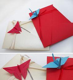 origami - sobres plegados con detalle de mariposa y grulla