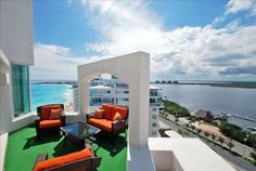 Cancun Condo Rental: Got to love a balcony with a view, still on my bucket list