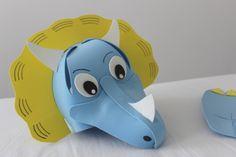 Dinosaur Costume, Rubber Duck, Halloween Diy, Crafts For Kids, Costumes, Toys, Crafts, Dinosaur Mask, Dinosaur Birthday Party