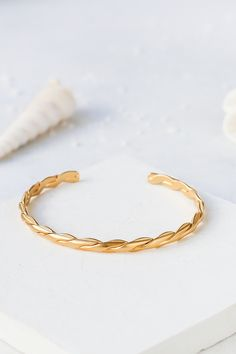 Home Photo Studio, Santorini Sunset, Product Photography, Jewelry Collection, Mood, Bracelets, Accessories, Shoes, Jewels