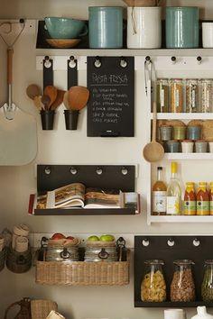 Pottery Barn Pantry Storage - Small Kitchen Ideas (houseandgarden.co.uk)