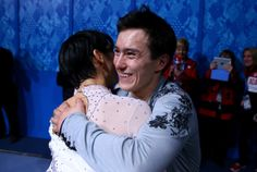 SOCHI, RUSSIA - FEBRUARY 14: Silver medalist Patrick Chan of Canada hugs Yuzuru Hanyu of Japan who won the gold after he Figure Skating Men's Free Skating on day seven of the Sochi 2014 Winter Olympics at Iceberg Skating Palace on February 14, 2014 in Sochi, Russia. (Photo by Streeter Lecka/Getty Images)카지노승률 SK8000.COM 카지노승률카지노승률 카지노승률 카지노승률카지노승률 카지노승률