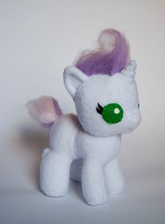 Baby Sweetie Belle Plush. Oh. My. Gosh.