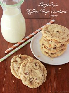 Magelbys Toffee Chip Cookies (copycat) are simply amazing! on www.whatscookingwithruthie.com #cookies #chocolate #recipes