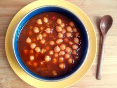 Dahl de grão de bico (sopa indiana de grão de bico comespeciarias)