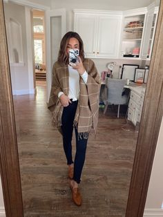 casual outfits for work \ casual outfits ; casual outfits for winter ; casual outfits for women ; casual outfits for work ; casual outfits for school ; Casual Teacher Outfit, Cute Teacher Outfits, Classy Outfit, Outfit Chic, Outfit Jeans, Winter Outfits For Work, Cute Casual Outfits, Stylish Outfits, Winter Professional Outfits