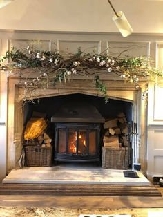 Travel // Christmas in the Cotswolds and a stay at The Painswick - Roses and Rol. - Travel // Christmas in the Cotswolds and a stay at The Painswick – Roses and Rolltops - Cottage Living Rooms, Cottage Interiors, My Living Room, Living Room Decor, Small Living, Cottage Fireplace, Farmhouse Fireplace, Farmhouse Decor, Country Fireplace