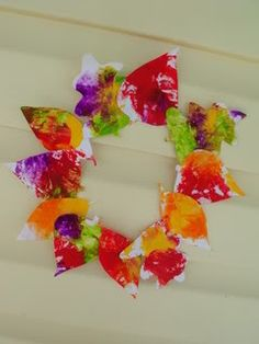 Mess Free Fall Craft for The Babies.... Love love this idea baby girl already loves paint in a bag!