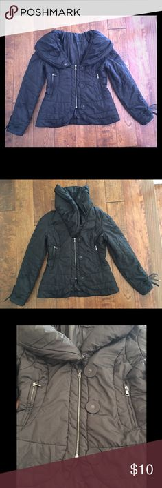 🎉Clearance🎉 Puffy Jacket Puffy Jacket • Off the shoulders style with big puffy collar • Short front zipper • Decorative buttons • Two zipper pockets • Drawstrings on  sleeves to cinch and tie bows • Preloved: there is a tear underneath the left side of the collar (see photo); not noticeable when worn. • Jackets & Coats