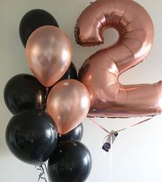 Have A Sparkling Wednesday Everyone ConfettiBalloon MontrealBalloon BalloonShop Birthday Balloons