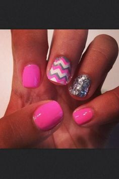 LOVE these nails. Hot Pink, Chevron, white, grey and glitter