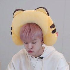 He is so freakin adorable Winwin, Jaehyun, Taeyong, Nct 127, Ntc Dream, Nct Dream Jaemin, Nct Doyoung, Jisung Nct, Na Jaemin