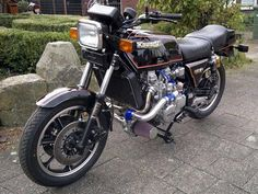 Kawasaki KZ1300 6-cylinder Turbo | Kawasaki KZ1300 cafe racer | Kawasaki KZ1300 6-cylinder Turbocharger | Kawasaki Cafe racer http://www.way2speed.com/2013/02/kawasaki-kz1300-6-cylinder-turbo.html Kawasaki KZ1300 6-cylinder TURBO ~ Grease n Gasoline