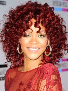 Rhianna #red #copper #colour #hair #hairtrend #hairstyle #nak #nakhair