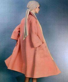 1975 Nina Ricci