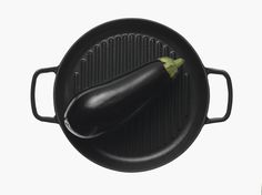 Crane is a small independent cookware company co-owned by product designer and ex-Royal College graduate Barnaby Tuke and food writer Charmain Ponnuthurai. The Kitchen Cast, Hand Cast, It Cast, Cast Iron Griddle Pan, Wedding Gift List, Print Packaging, Waffle Iron, Griddles, Black Enamel
