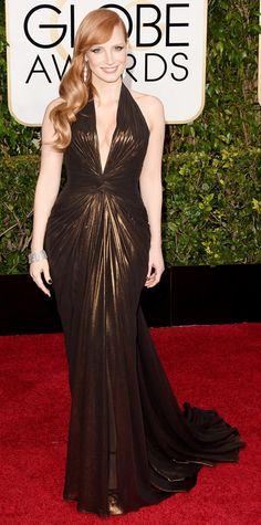 Golden Globes 2015: Red Carpet Arrivals - Jessica Chastain in Atelier Versace #InStyle