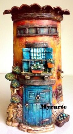 Altered Pringles Cans Tutorial Cardboard Sculpture, Cardboard Art, Cardboard Furniture, Clay Houses, Ceramic Houses, Ceramic Clay, Polymer Clay Fairy, Polymer Clay Creations, Clay Fairy House